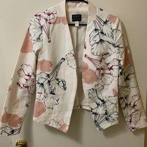 NWT Cream Floral Cropped Blazer